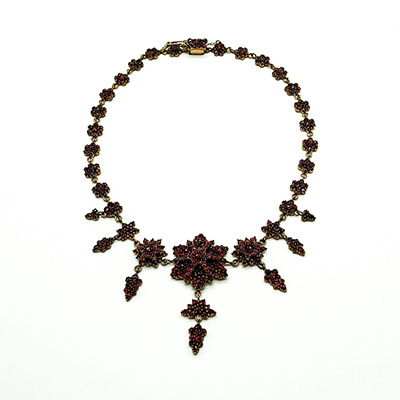 Ornate Victorian Garnet necklace set in Garnet Gold
